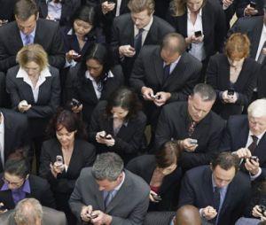 gente-smartphone-traffico