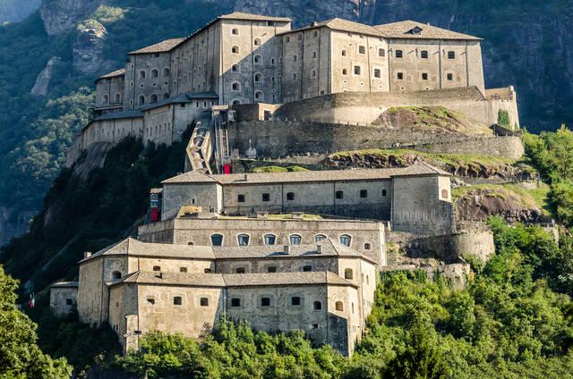 paesi-piu-belli-italia-bard-valle-d-aosta
