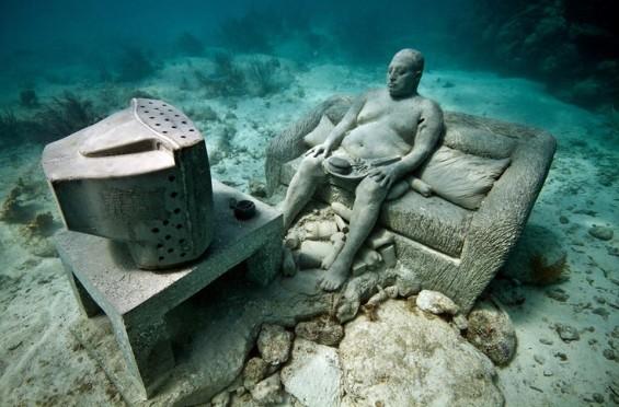 couch-potato-watching-TV-565x372