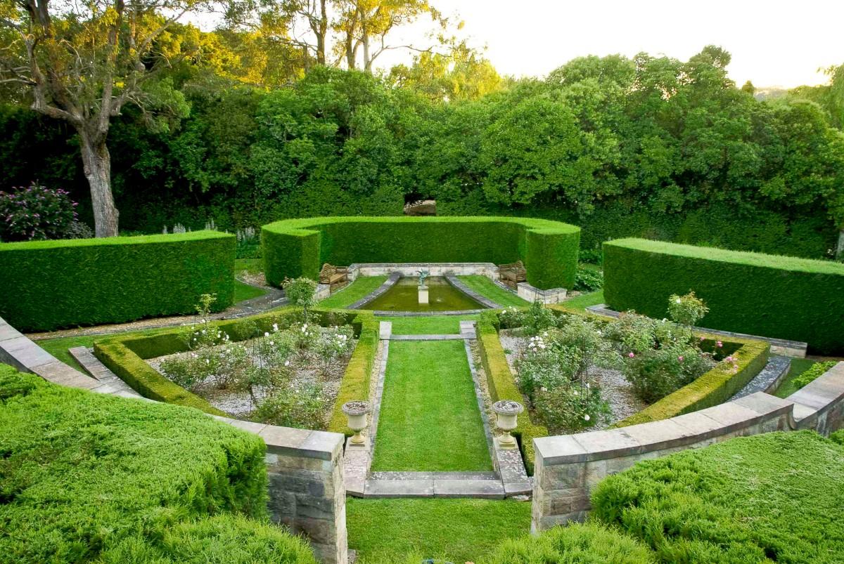 "Come Recintare Un Giardino siamo prigionieri del ""giardino"" dei social – hic rhodus"