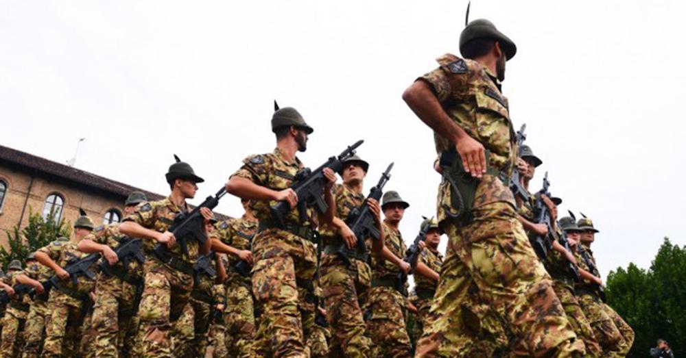 Da un po di tempo il ripristino del servizio militare obbligatorio cb7bada1b218