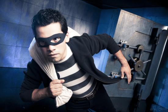 robber